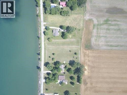 949 West Shore Road, Pelee Island, Ontario  N0R 1M0 - Photo 3 - 20001692
